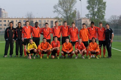 team foto vs Ado